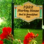 1922 Starkey House Bed & Breakfast Innの写真