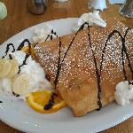 Photo de Bonjour French Cafe and Crepes