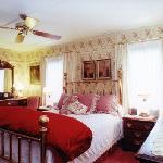  The Victoria Guest Room