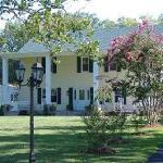 Monroe Bay Inn Bed & Breakfast