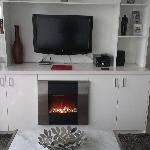 TV Unit/Fireplace