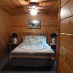 Photo of Log Haven Bed and Breakfast