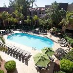 Embassy Suites Hotel Phoenix - Tempe