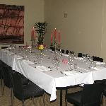 Table setting for group dining