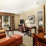1 & 2 Bedroom Spacious Suites