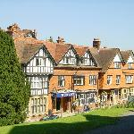 The Crown Manor House Hotel