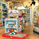 Benjo Inc., Toy Store Saint-Roche District