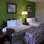 Americas Best Value Inn & Suites resmi