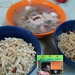 Tasty Kolo Mee with a piping hot bowl of pig innards