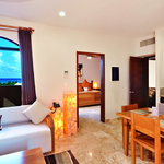 Acanto Boutique Hotel &amp; Suites