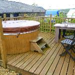 hot tub and small back garden