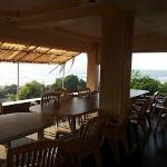 veranda, dinning area, sit out overlooking beach