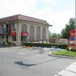 Photo de Ramada Limited San Marcos