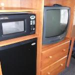 TV/Fridge/Microwave - very convenient