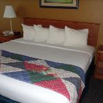 BEST WESTERN PLUS Wheatland Inn resmi
