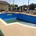Days Inn Farmers Branch, TX  Pool