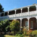  Glen Osborne house