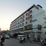 Modern Thai Hotel