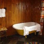 The Finger Lakes Suite Tub