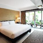 Siam Piman Hotel