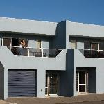 ‪Tasman Beachside Apartments‬