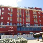 Photo of Blumen Hotel