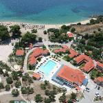 Lagomandra Beach Hotel