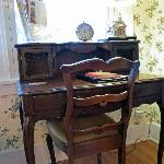  Writing Desk in Hampshire Suite
