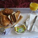The complimentary continental breakfast