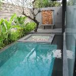 Photo de SILQ Private Residences Kerobokan Bali