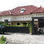 Alamanda Bed & Breakfast