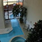 Indoor/outdoor pool & hot tub