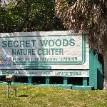 ‪Secret Woods Nature Center‬