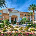 Hampton Inn &amp; Suites - Palm Desert