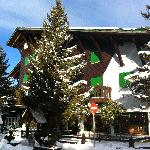 Photo of Hotel Eguzki Lore Sallent de Gallego - Formigal