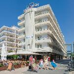 Photo of Hotel Serhs Sant Jordi Santa Susana