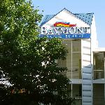 Baymont Sign from the Mall Side