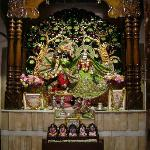 Temple's Centre of Attraction: Lord's Alter