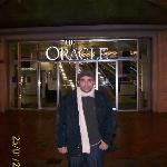 Oracle Mall, Reading