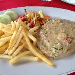 Grilled fish with lemon grass sauce