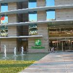Holiday Inn Santiago Airport resmi