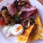  bacon &amp; eggs w/side mushrooms $12