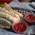 Cheesesticks with marinara