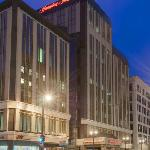 Hampton Inn & Suites Hotel Downtown Milwaukee