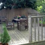  GUEST DECKING