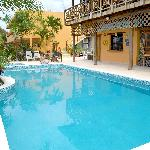 Our Swimming Pool / Nuestra Piscina