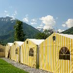 Foto van Balmer's The Tent Village