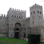 Puerta de Alfonso VI