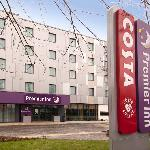 ‪Premier Inn Heathrow Airport Terminal 5‬