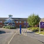  Premier Inn Luton South - M1, Jct 9